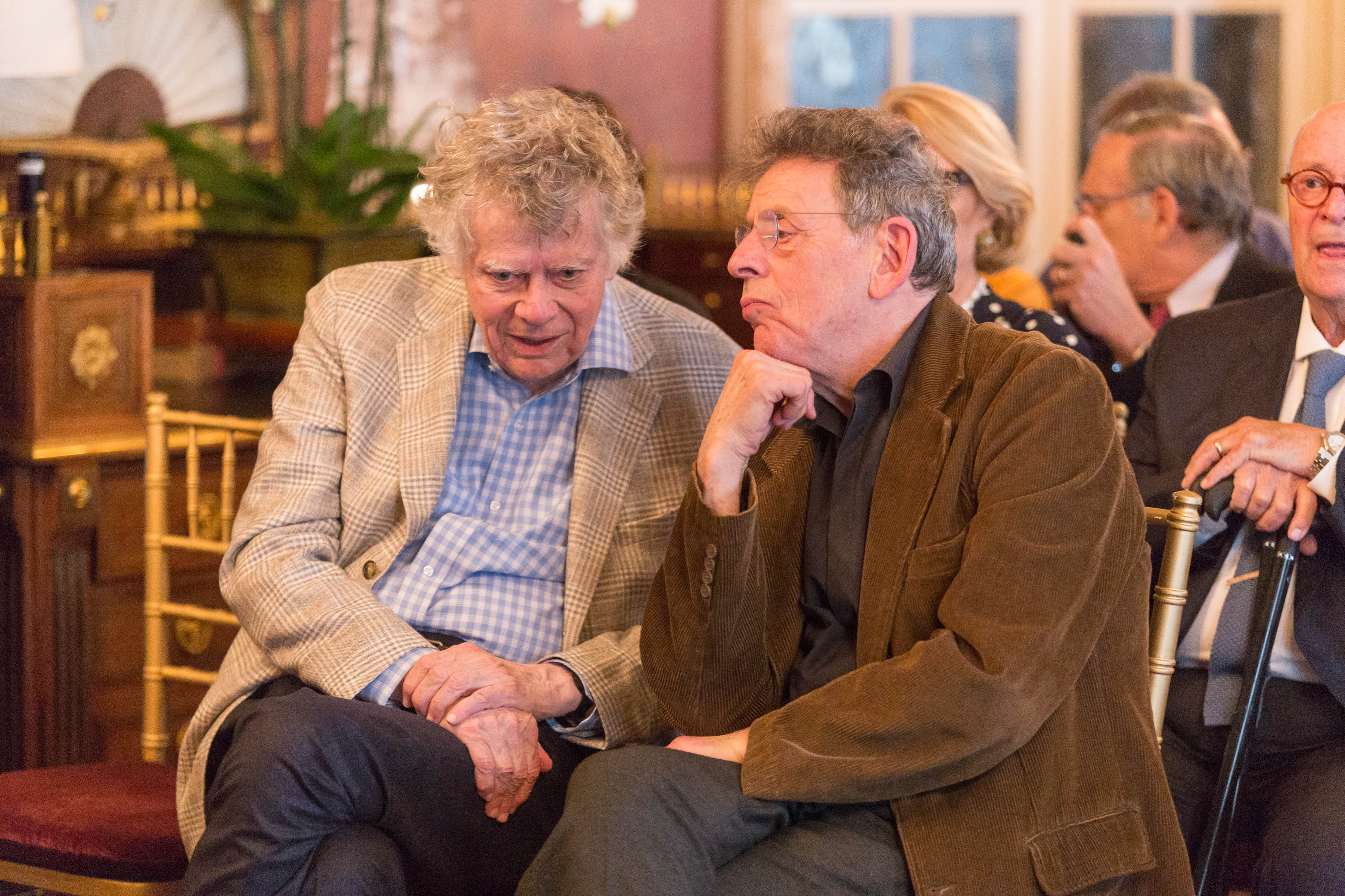 Gordon and Ann Getty Host Opera Parallele with Composer Philip Glass
